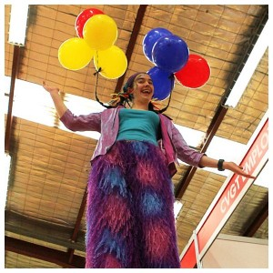 Stilt walking and balloons