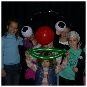 Group Balloon workshops for primary school groups
